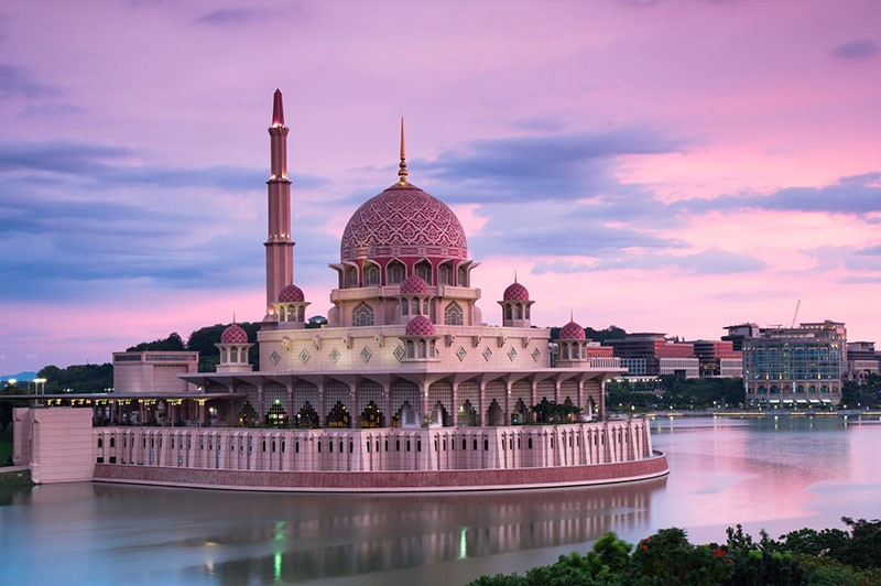 thanh-pho-moi-Putrajaya-azbooking